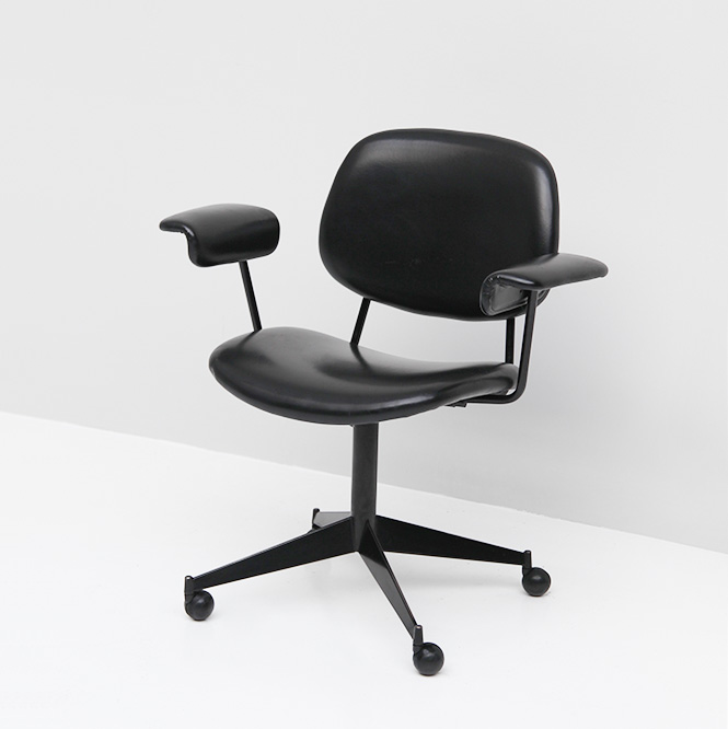 Olivetti BBPR swivel desk chair