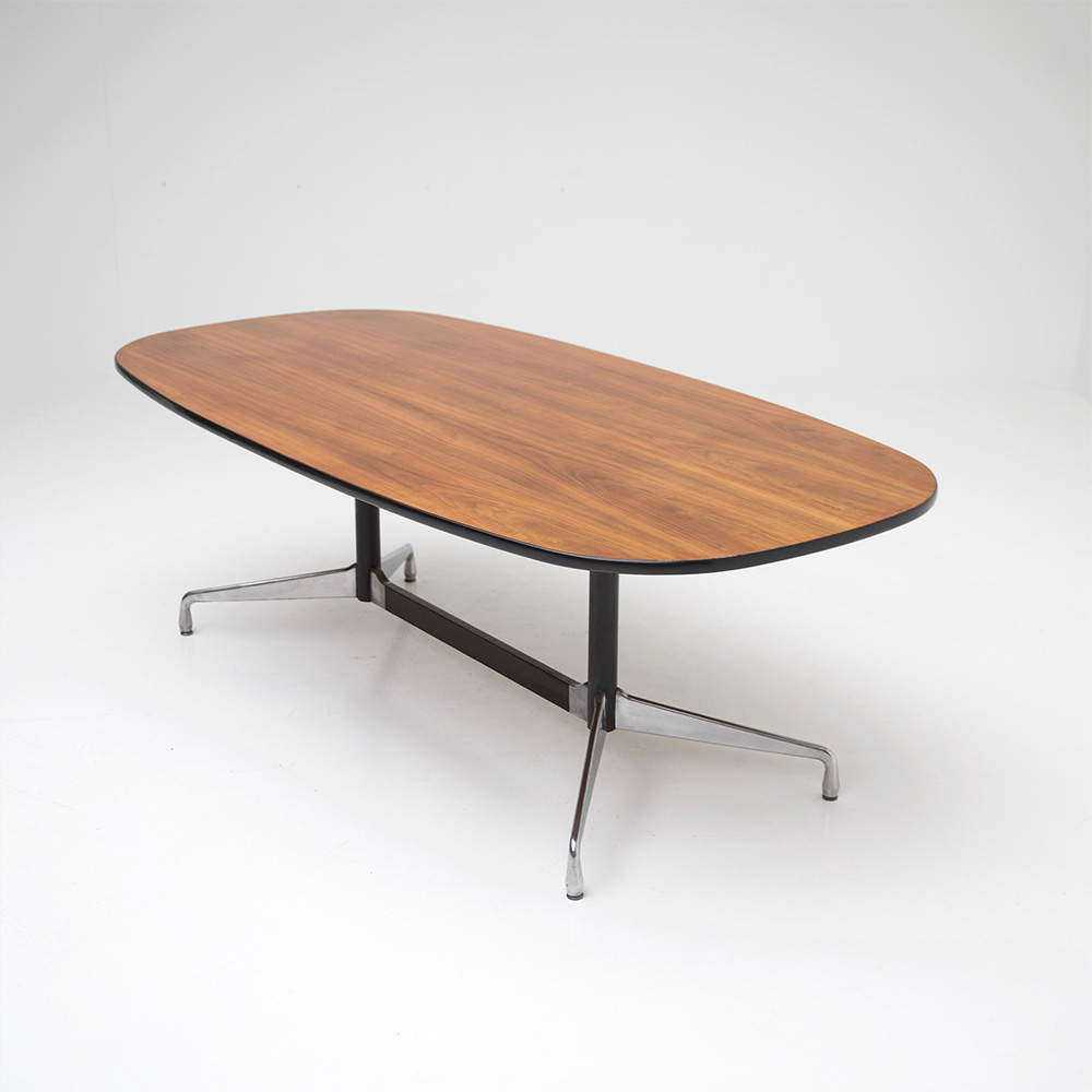 Eames Segmented Table Herman Miller