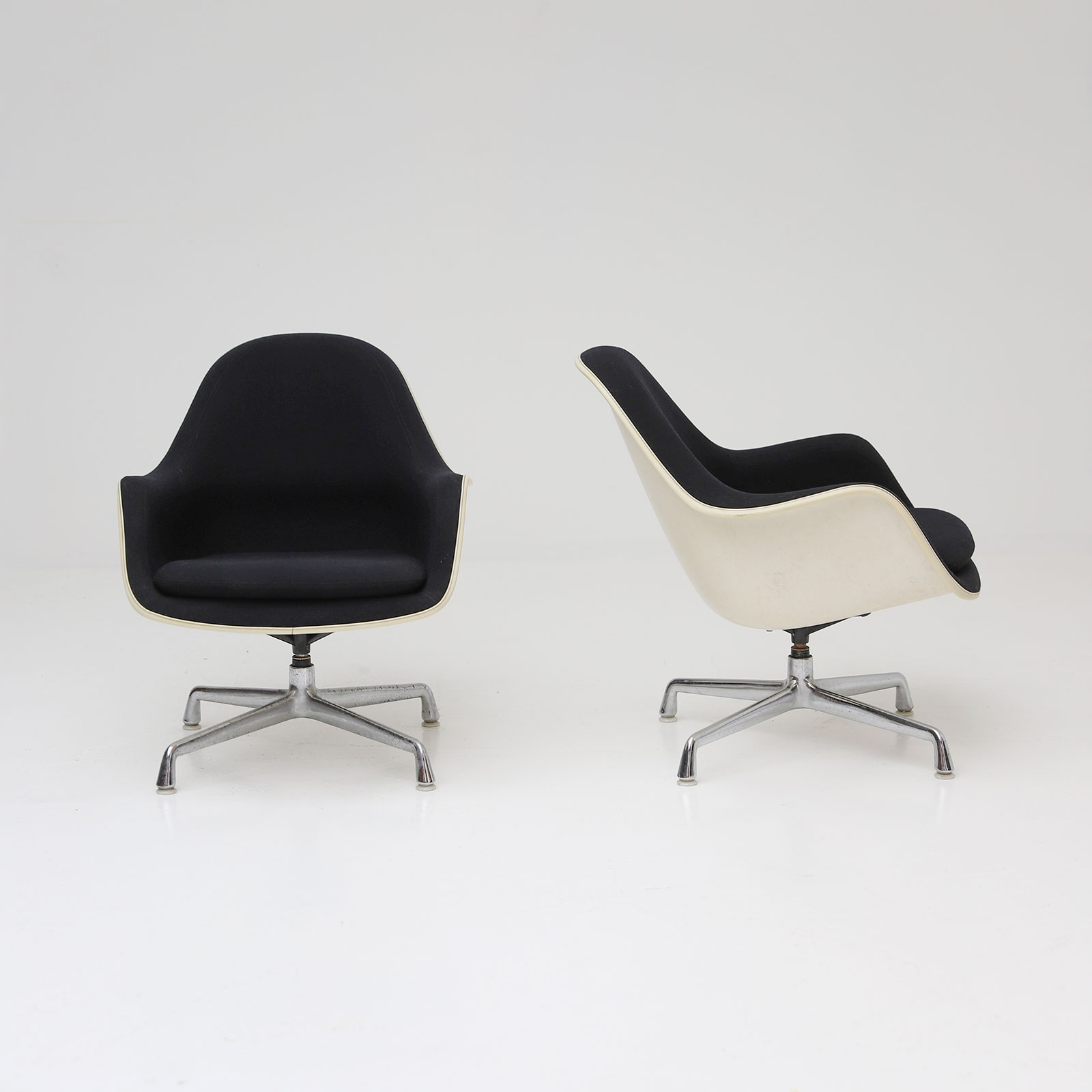 Two Eames Side Chairs Model EC175-8