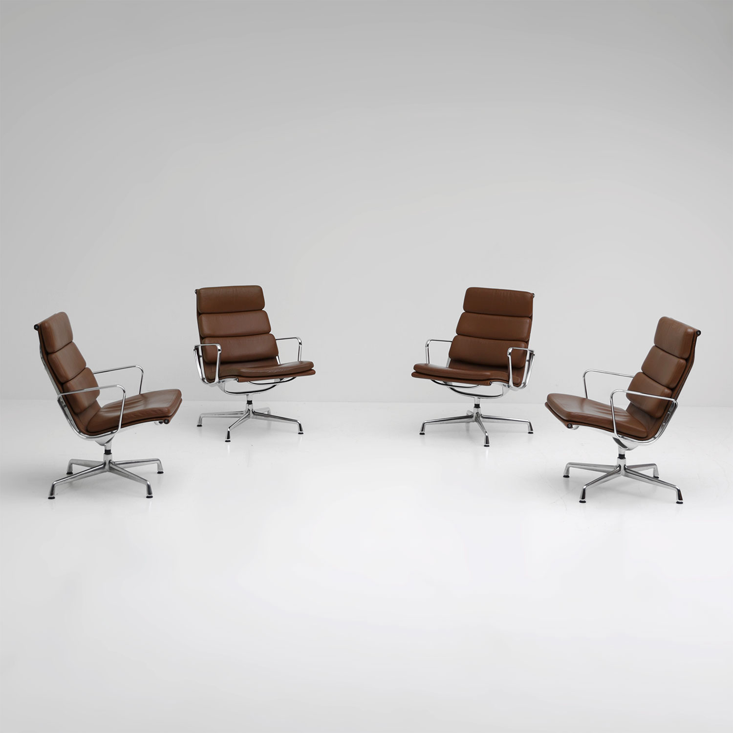 Eames chairs EA216 Vitra Edition