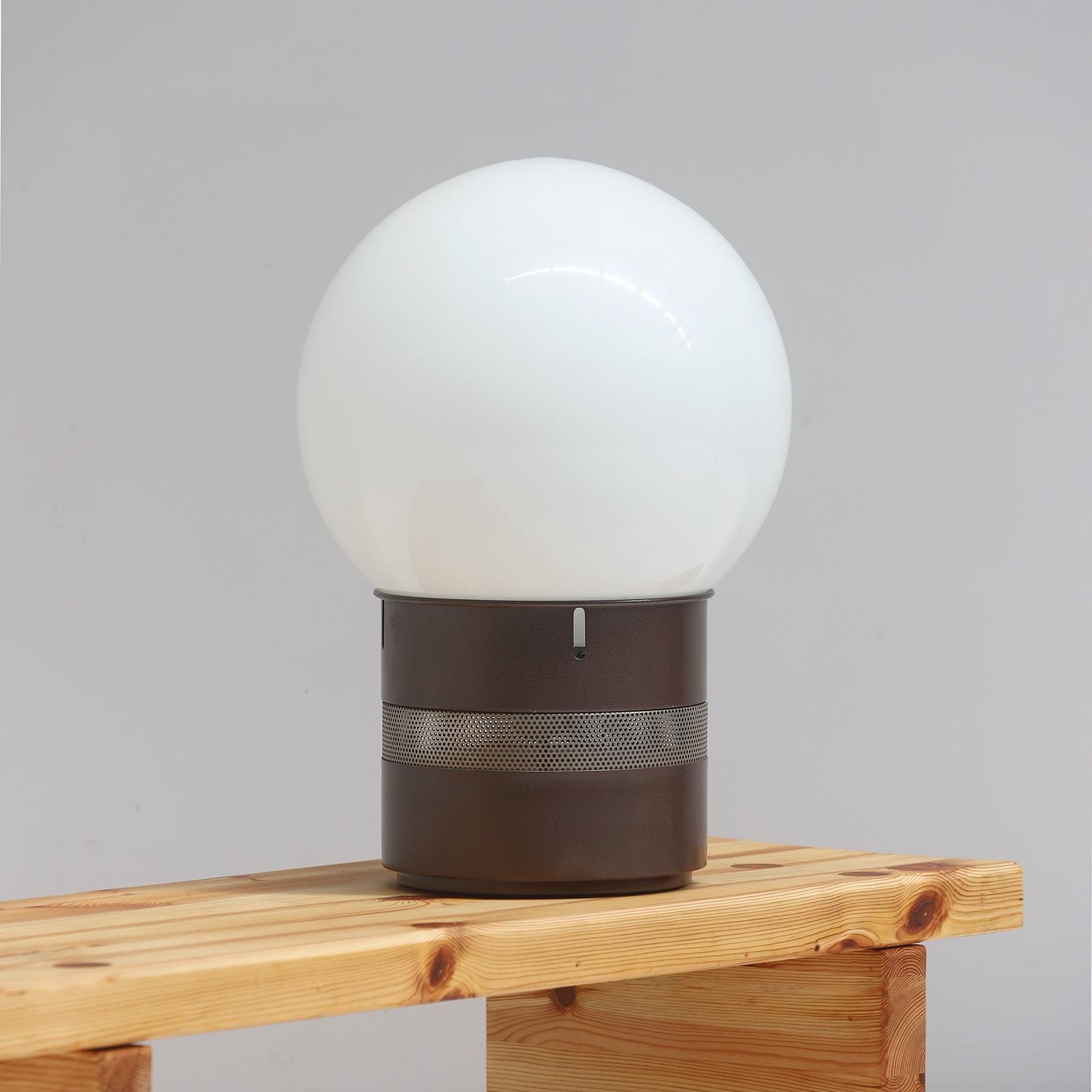 Gae Aulenti Mezzoracolo table lamp for Artemide