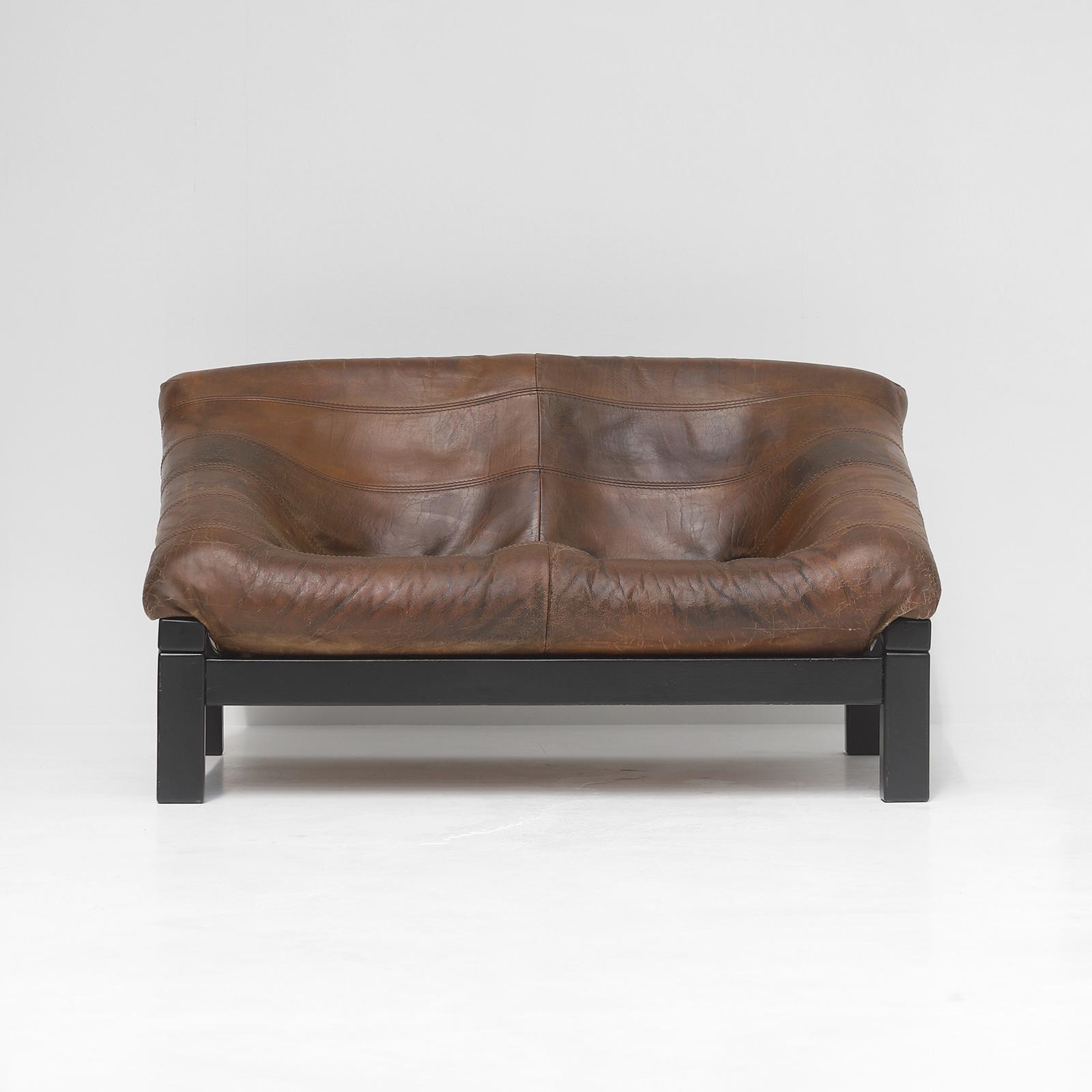 Decorative 2 seat leather Sofa