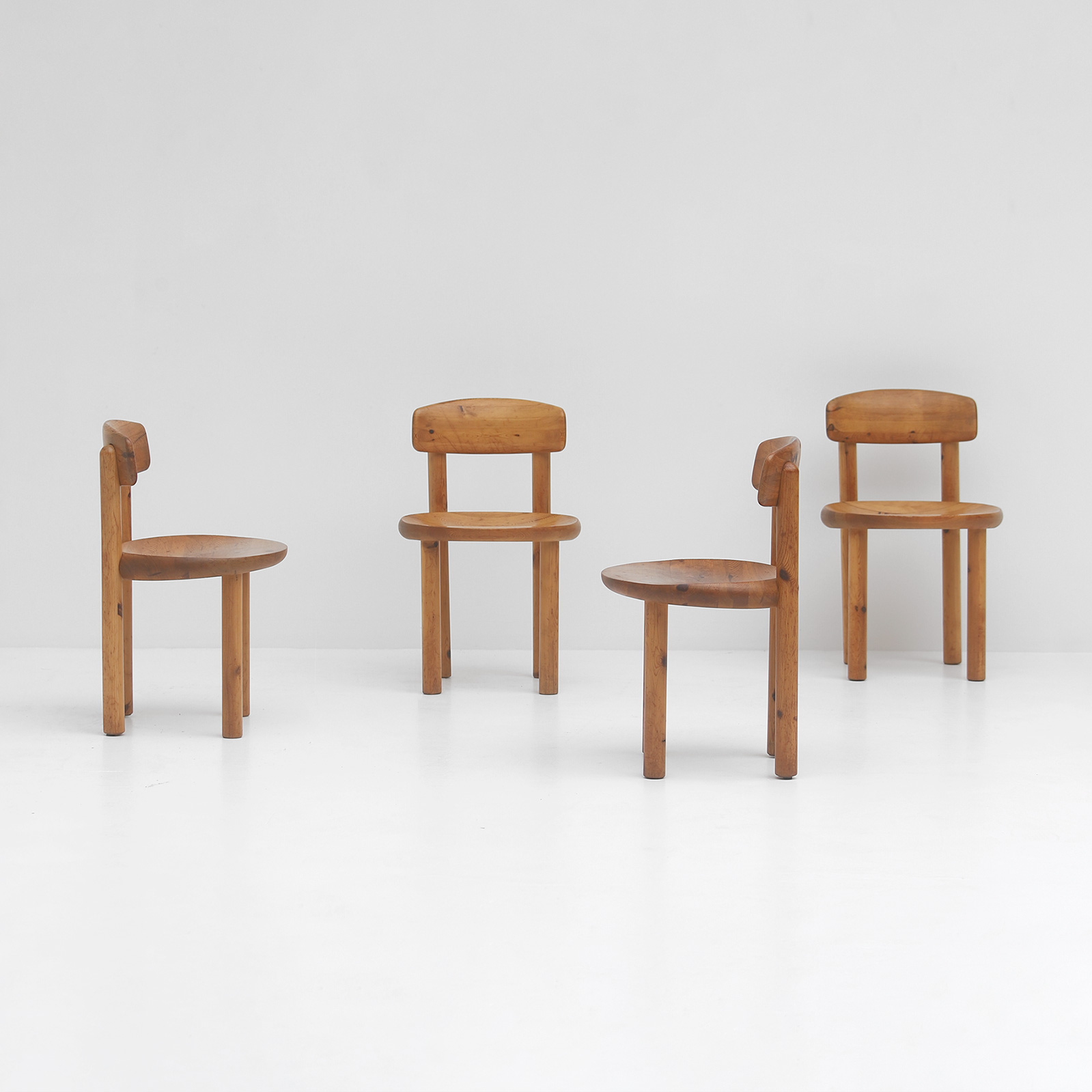 5 Daumiller Pinewood Chairs