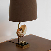 Decorative 1970s sea shell table lamp brown shade