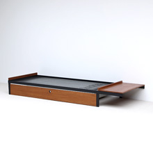 Auping daybed with attached table 1960s