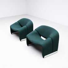 Pierre Paulin two side chairs F 598