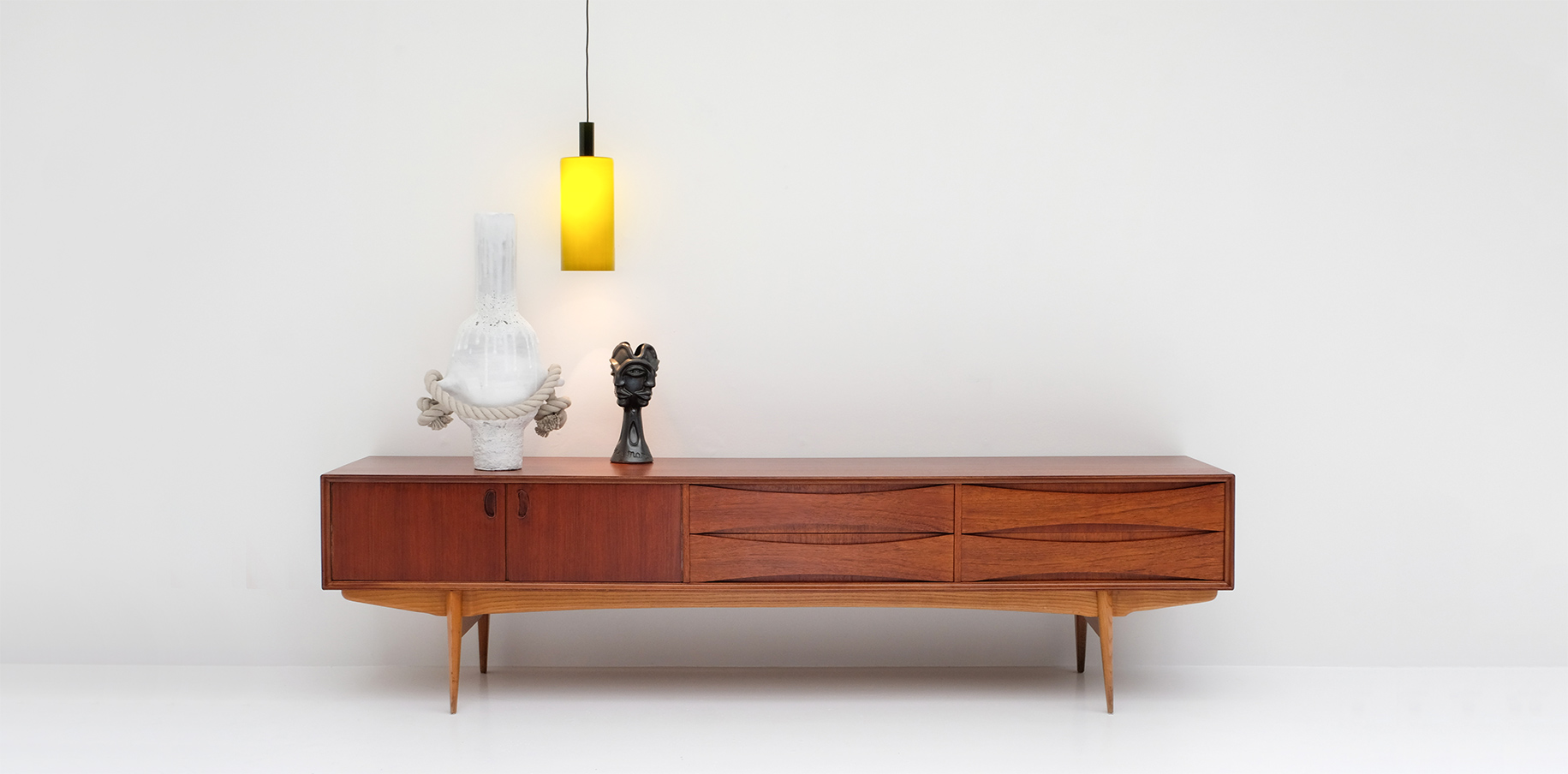 City-furniture: online gallery for vintage, modern and contemporary ...